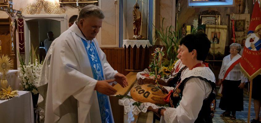 Uroczystość odpustowa ku czci Najświętszej Marii Panny Matki Pocieszenia, podziękowanie za dar plonów.