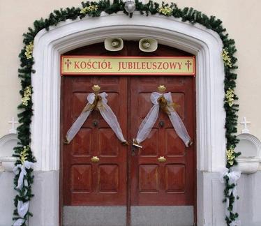 Otwarcie drzwi jubileuszowych w naszym kościele w Rzykach